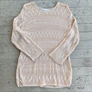 The limited medium tunic cream sweater 3/4 sleeve